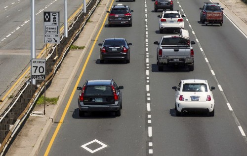 Canada auto sales rise slightly in August, ending 17-month rut