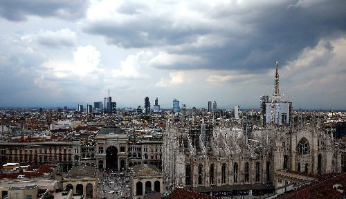 Italy eyes tighter fiscal rules for banks' loan losses - sources