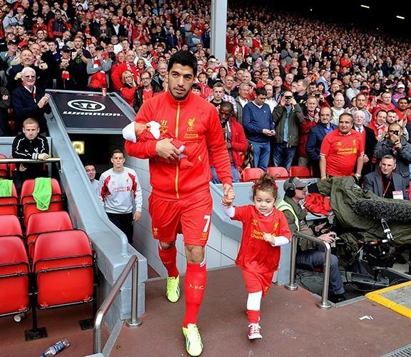 FC: Luis Suarez is soccer's most beautiful player