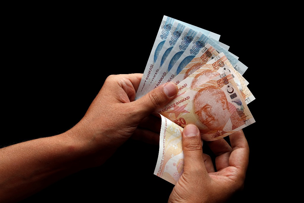 Kursverfall der türkischen Lira ruft Banken auf den Plan