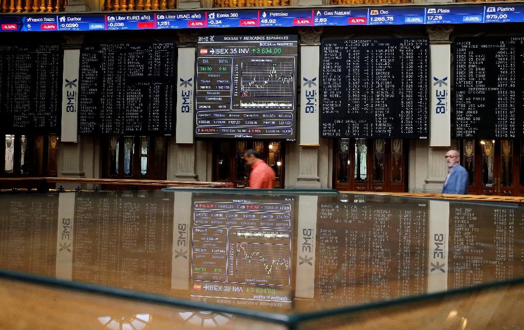 Les résultats déçoivent, l'économie inquiète, les Bourses plongent