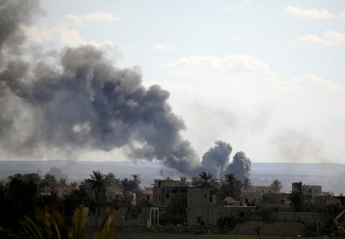 Attack slows on Islamic State Syria pocket to save civilians: official
