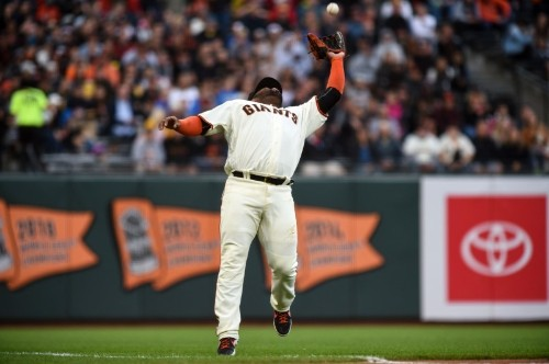 MLB notebook: Giants' Sandoval to have Tommy John surgery