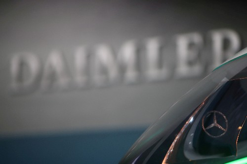 Mercedes-Benz offers subsidies to retrofit older diesel cars in Germany