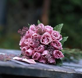 """للصباحات عطرٌ آخر يتشاركه مع الورد """"صباح الورد"""""""