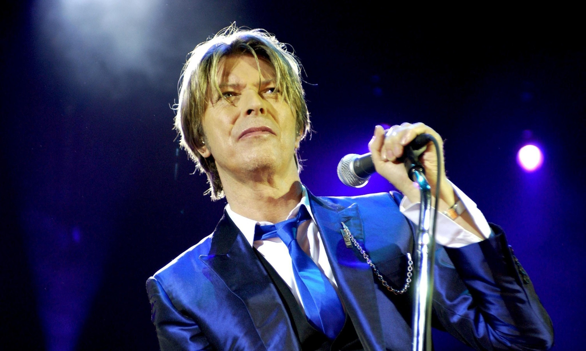 David Bowie: Back in the spotlight, still refusing to play along