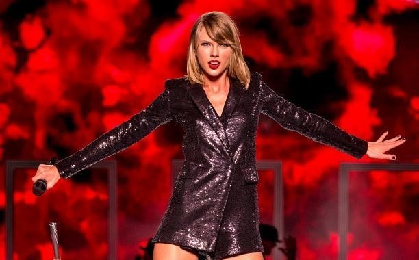 Taylor Swift explains why 1989 won't be available on Apple Music