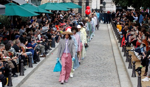 Spring flowers inspire Louis Vuitton menswear collection