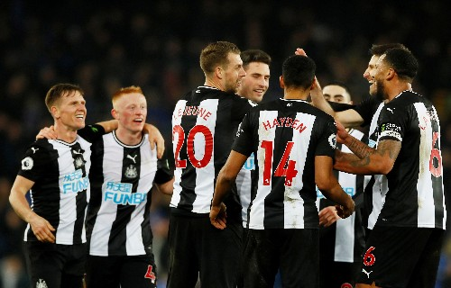 Saudi wealth fund in talks to buy Newcastle United for 340 million pounds