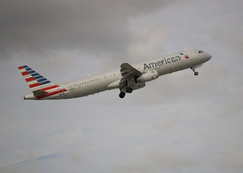 Judge grants American Airlines an order against 2 unions