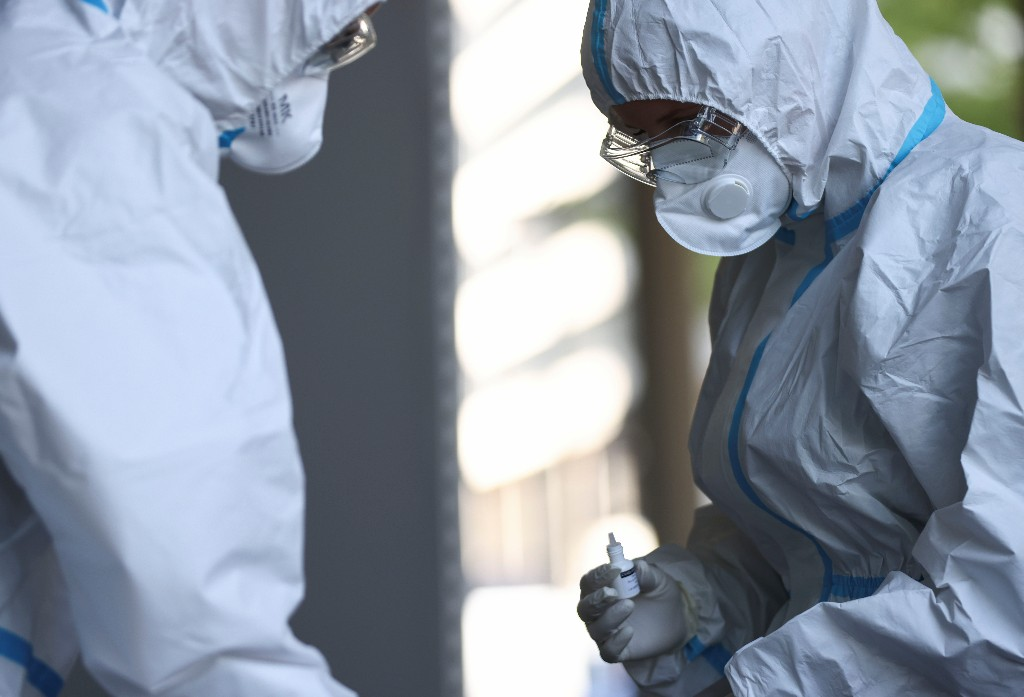 Possible virus vulnerability discovered; about 20% of people with COVID-19 remain asymptomatic