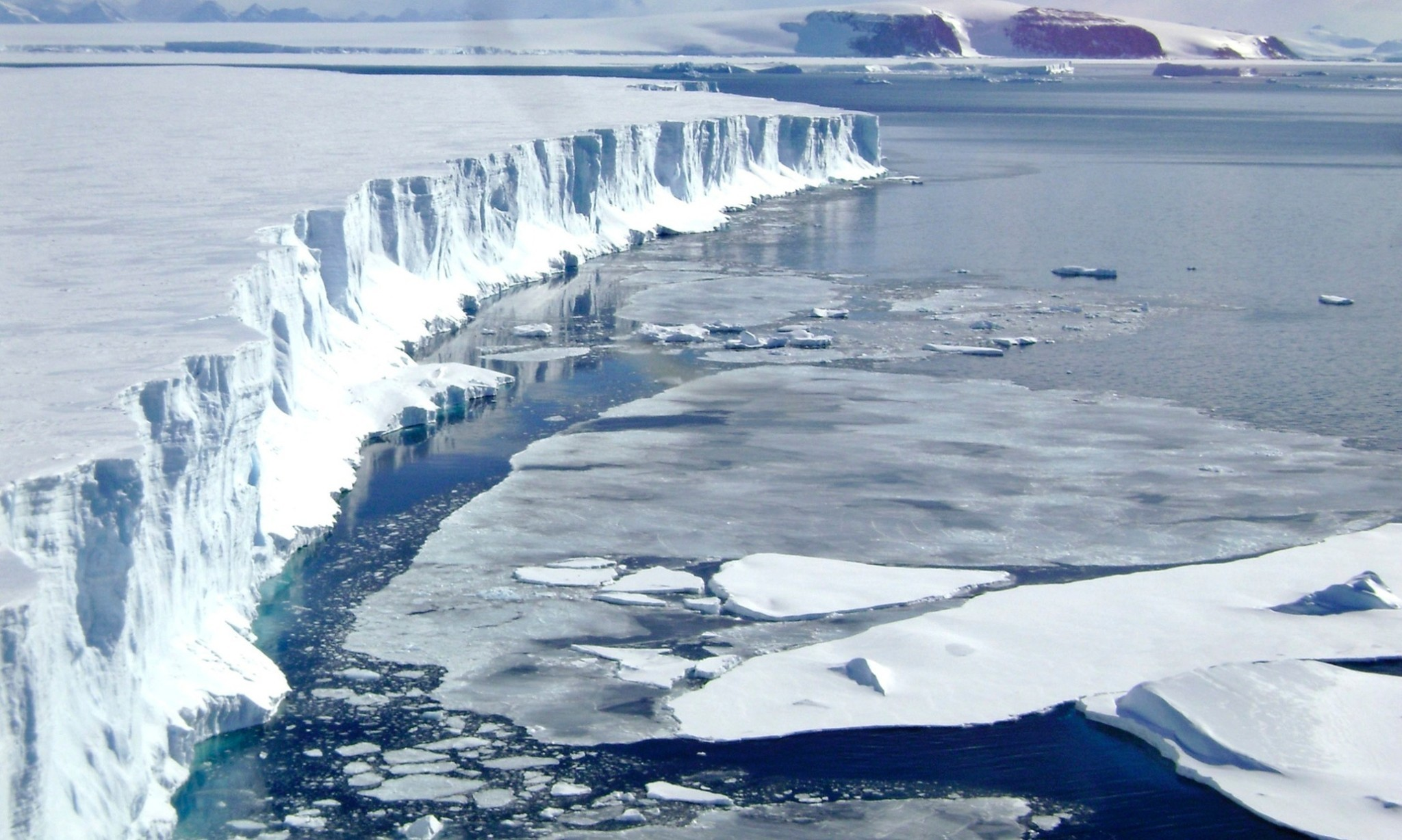 New study shows warm waters are melting Antarctica from below