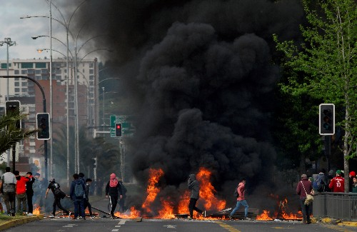 Chile's deadly weekend of fire as youth anger ignites