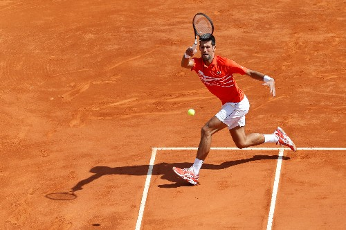 Djokovic falls to Medvedev in Monte Carlo, Nadal marches on