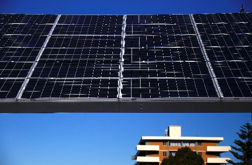 Australian state looks to beef up grid for solar, wind power