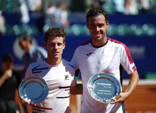Tennis: Cecchinato overwhelms home favourite Schwartzman in Argentina final