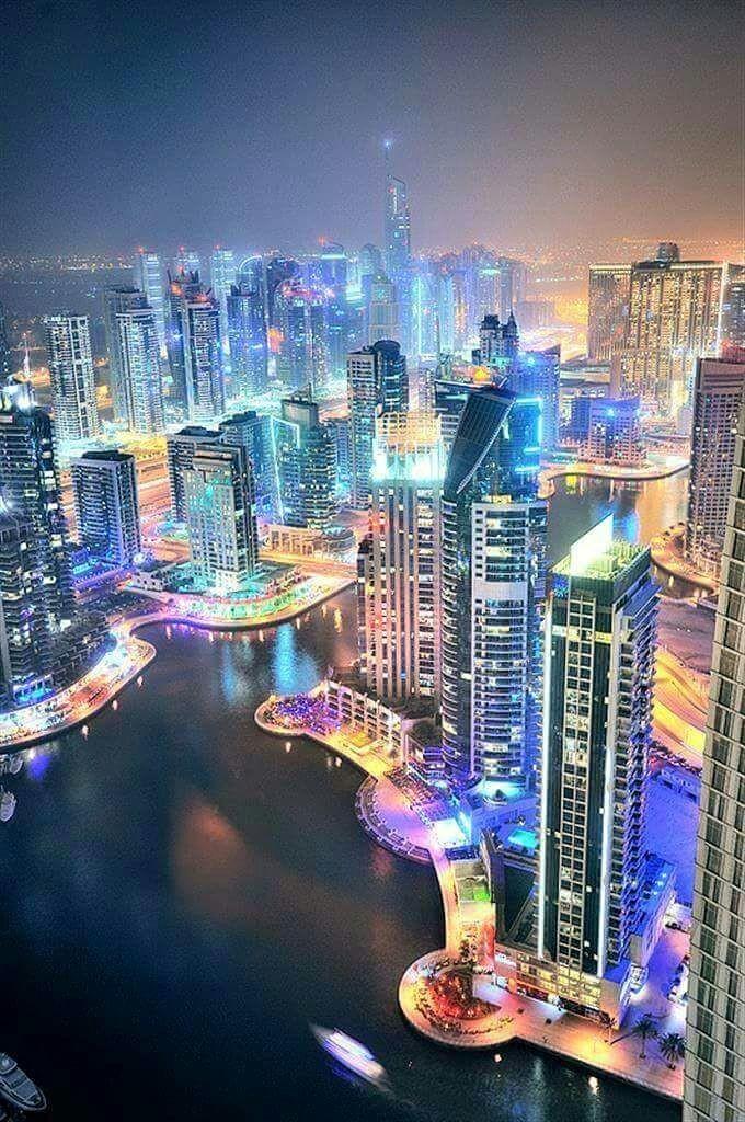 ville du monde  - Magazine cover