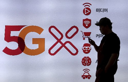 S. Korea launches 5G smartphone networks ahead of schedule