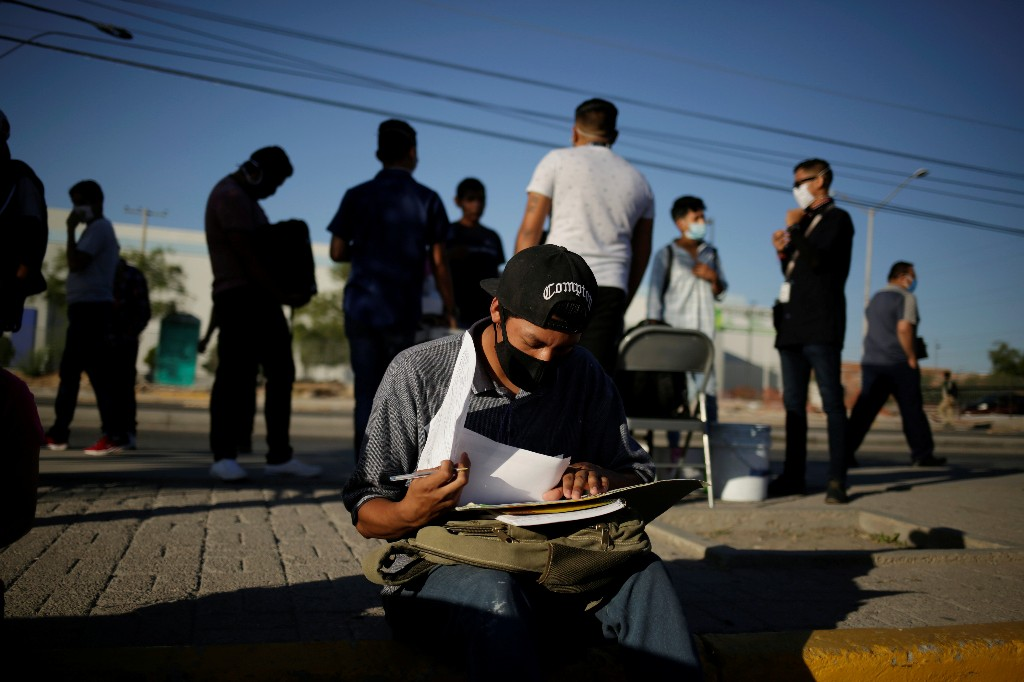 Mexico adds 608,000 jobs in August, unemployment 5.2%