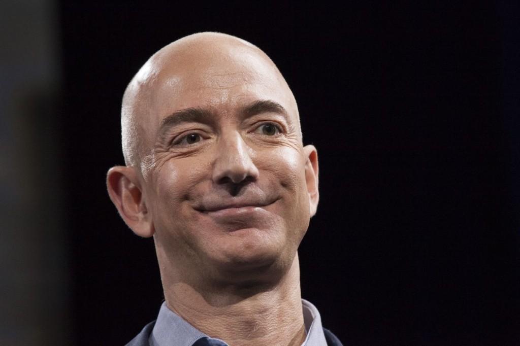 Why Amazon should buy Twitter