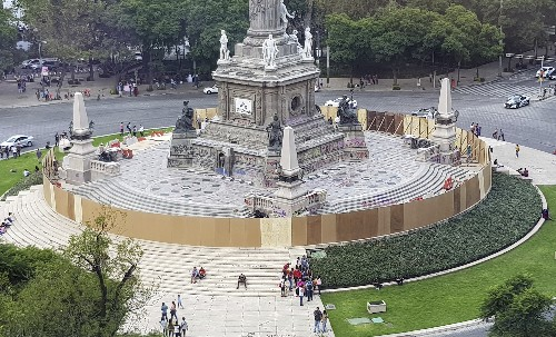 Mexico City assesses monument damage after anti-rape march