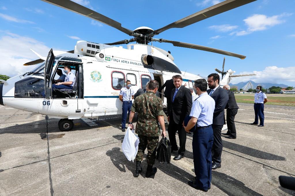 Brésil: Jair Bolsonaro a été opéré avec succès pour un calcul de la vessie