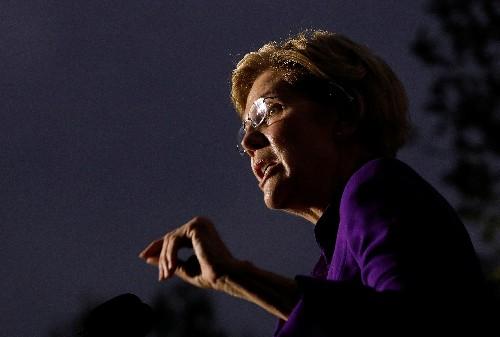 Democratic White House hopeful Warren rails against corruption at big N.Y. rally