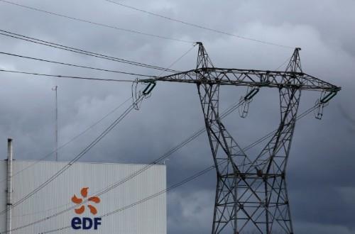 """Nucléaire: """"Confiant"""", EDF ne compte pas fermer ses réacteurs à ce stade"""