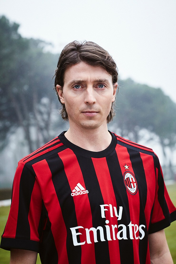 A 31 years old midfielder, Riccardo Montolivo is set to replace Pirlo's duty. Even tho they are not quite the same, Montolivo has been shown some great efforts as a midfielder. He created many good passes and few goals for him and teammates.