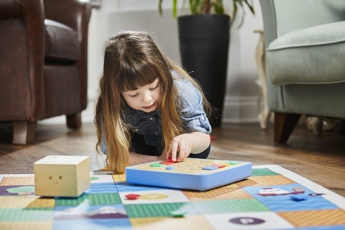 17 STEM toys that teach kids to code