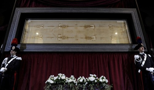 New forensic tests suggest Shroud of Turin is fake