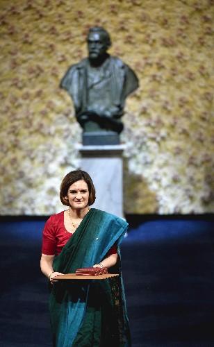Handke takes Nobel Literature Prize amid protest