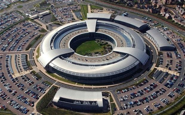 Britain 'threatens to stop sharing intelligence' with Germany