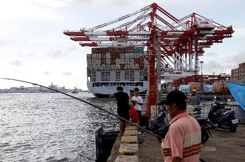 Weak tech demand shrinks Taiwan export orders, rebound tipped in third-quarter