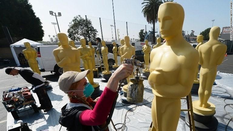 The $160,000 Oscars gift bag