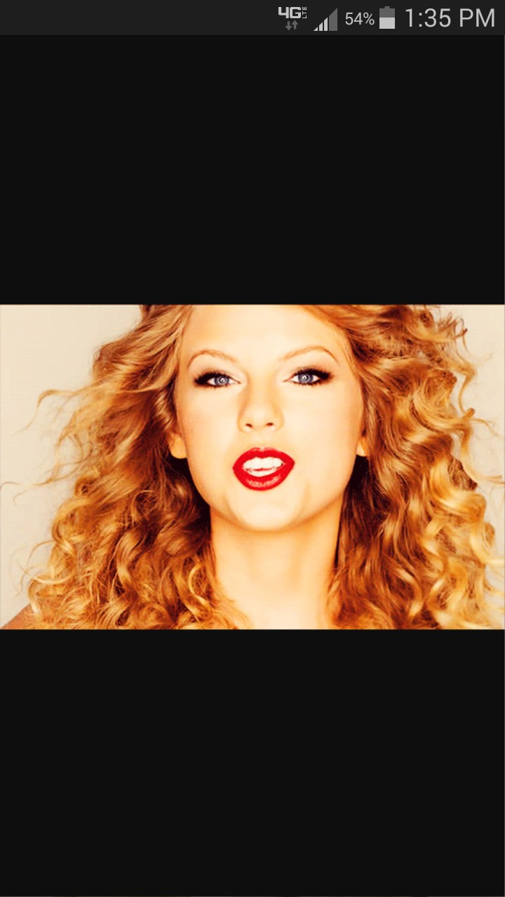 Taylor swift is an amazing song writer but also an awesome looking woman.