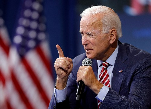 Biden lands early slate of former backers of Harris' presidential bid