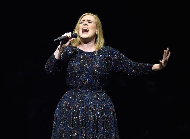 Adele To Top Glastonbury Set With Super Bowl Halftime Show Performance?