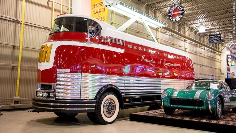 Giant GM bus from the '50s sells for $4 million