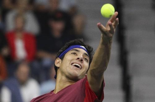 Tennis: Garin overpowers Querrey to make Houston final