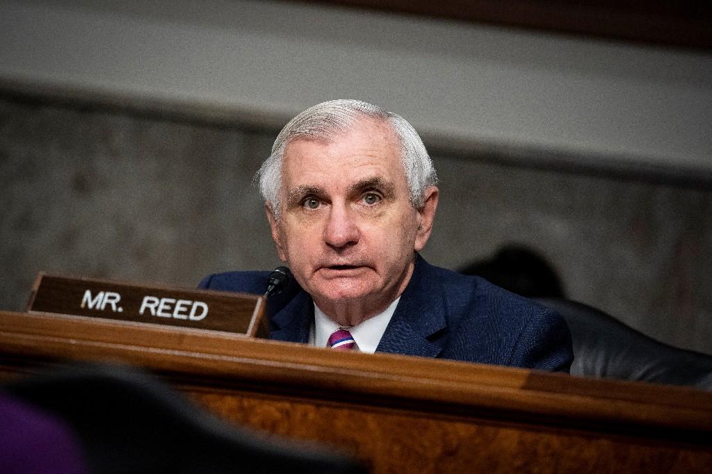 Democratic senators voice 'growing concerns' over electoral interference