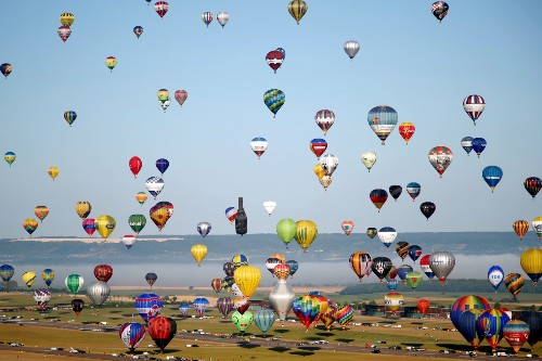 Hot Air Balloon Record Attempt: Pictures