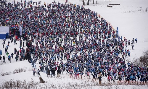 Massive Skiing Race in Russia: Pictures