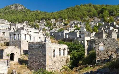 19 fascinating ghost towns