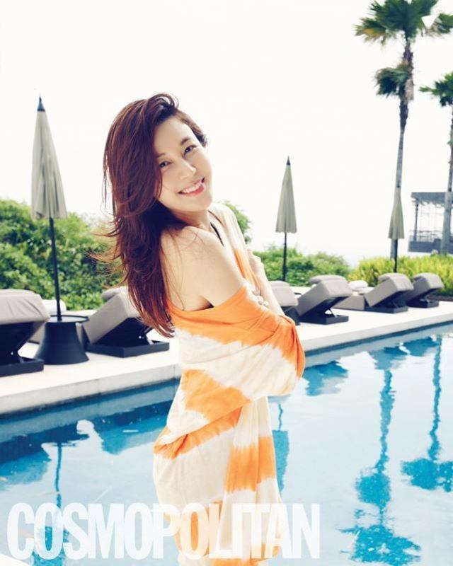 Like /pretty girls  - Magazine cover