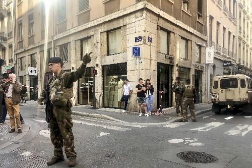 Tres detenidos por explosión en Francia que dejó 13 heridos