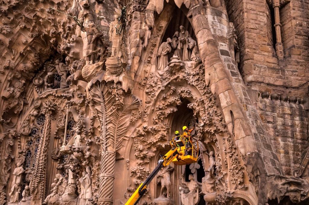La Sagrada Familia Under Construction in Barcelona: Pictures