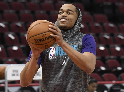 Hornets hold Bulls to NBA season low in win