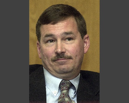 Oregon state senator who threatened police faces complaint