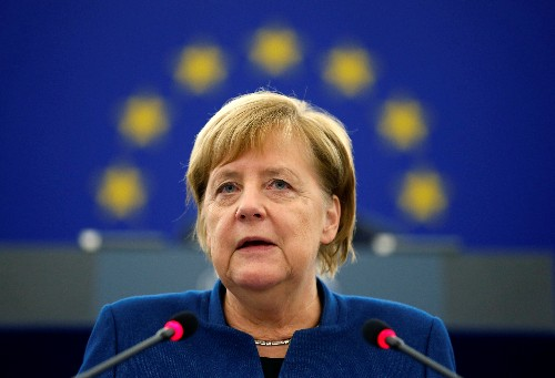 Merkel fordert wie Macron auch langfristig europäische Armee
